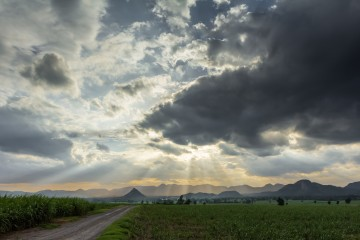 sun clouds shutterstock_206488540